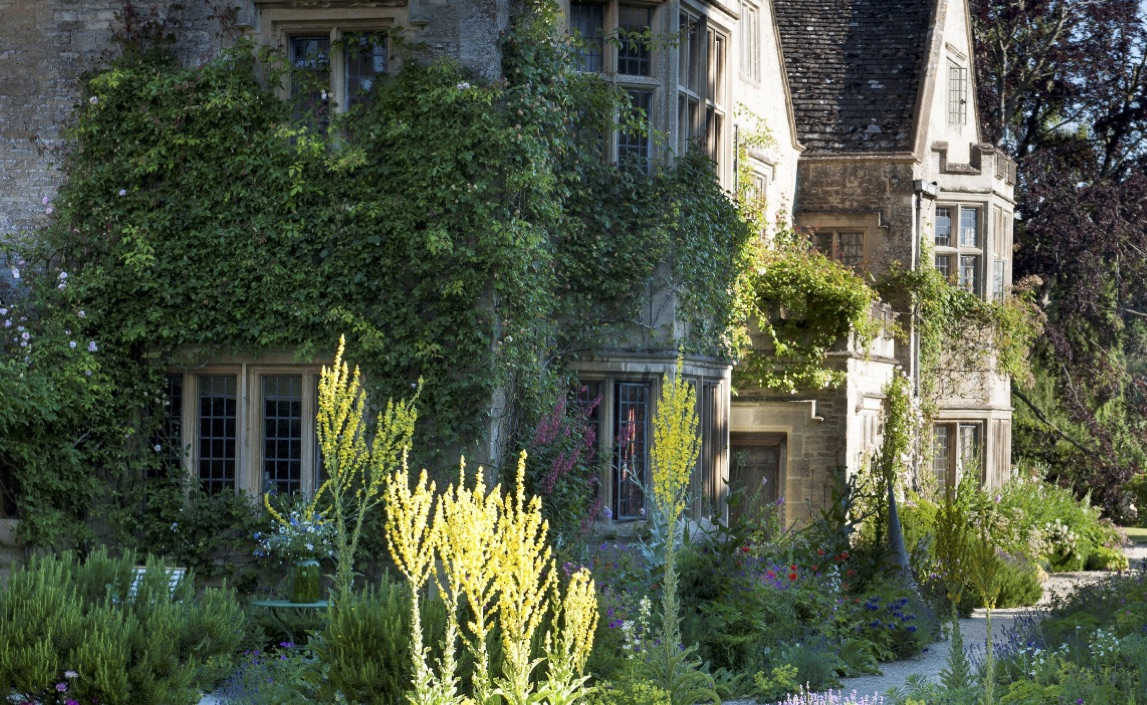 asthall-manor-front.jpg#asset:3812