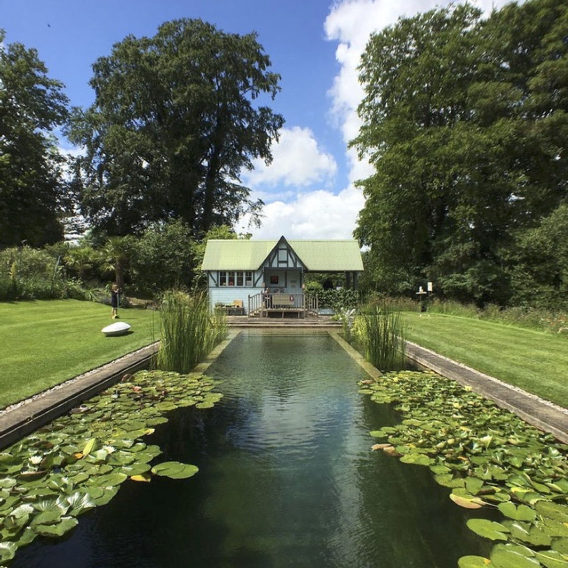 asthall-manor-pool.jpg#asset:3807